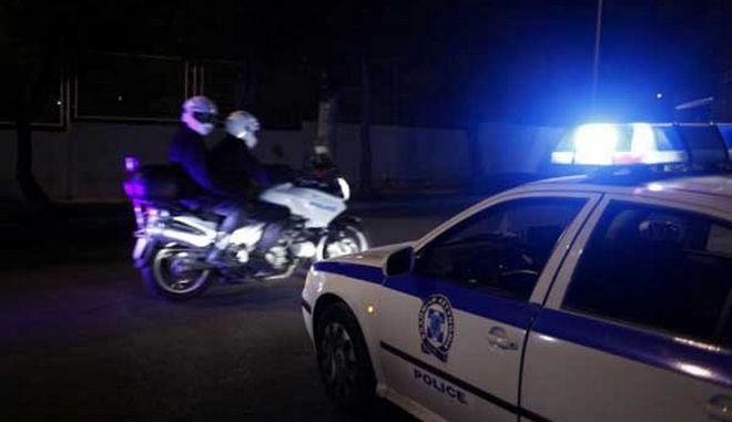 Συλλήψεις παρκαδόρων και υπευθύνων νυχτερινών κέντρων για παράνομη στάθμευση