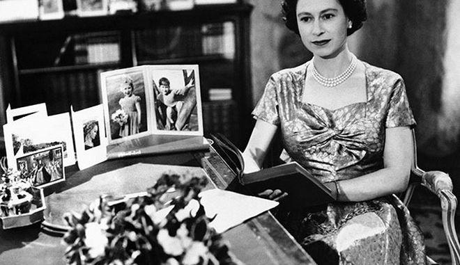 Σαν σήμερα: Η Βασίλισσα Ελισάβετ στην πρώτη τηλεοπτική μετάδοση όλων των εποχών