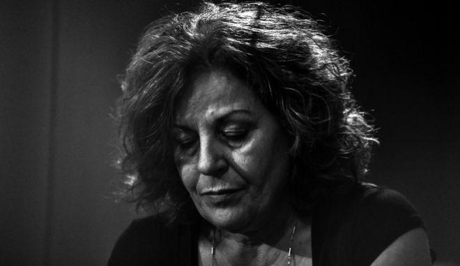 Η Μάγδα Φύσσα κατά την απολογία των κατηγορουμένων για διεύθυνση εγκληματικής οργάνωσης πρώην βουλευτών Κώστα Μπαρμπαρούση, Νίκου Μίχου και Νίκου Κούζηλου στην δίκη της Χρυσής Αυγής.