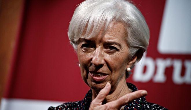 Συναίνεση στο θέμα του χρέος βρίσκει η Λαγκάρντ