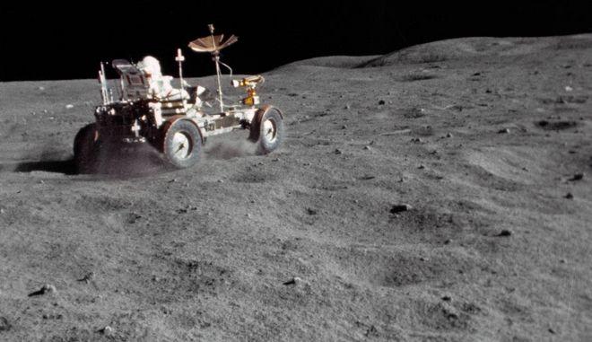 Σελήνη, μία μεγάλη 'χωματερή' με 181 τόνους διαστημικών σκουπιδιών