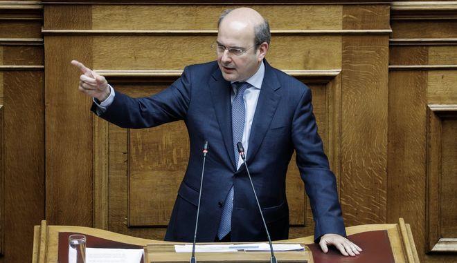 Ο Κωστής Χατζηδάκης στη Βουλή
