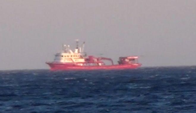 Τούρκικα αλιευτικά στο Αιγαίο - Έφτασαν στη Μύκονο