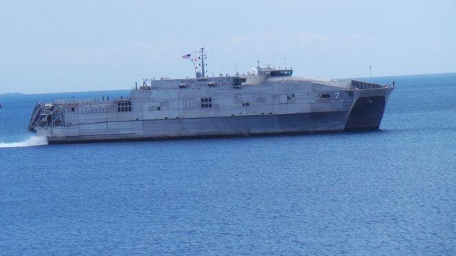 Στην Σύρο το πλοίο του πολεμικού ναυτικού των ΗΠΑ, USNS Carson City