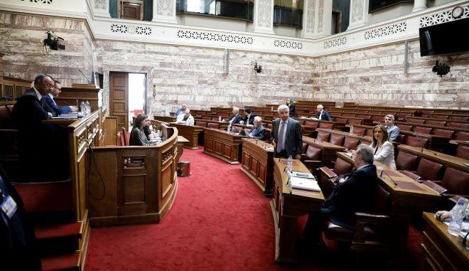 Από την συνεδρίαση της αρμόδιας επιτροπής για τον διορισμό του Γ.Στουρνάρα