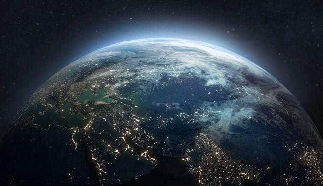 Οι... δισεκατομμύρια όψεις της Γης