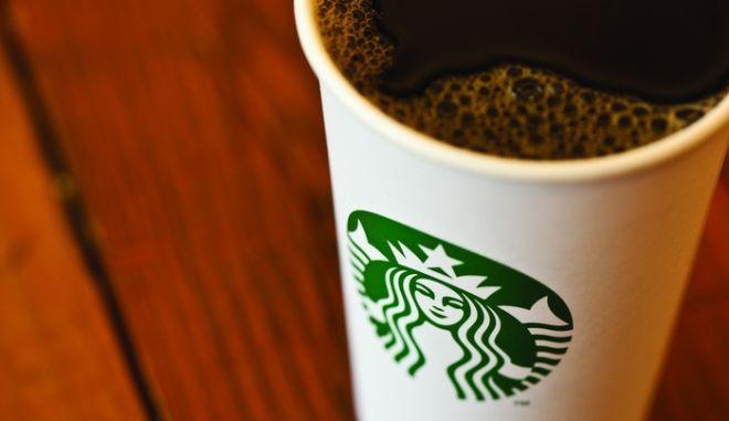 RETAIL BUSINESS AWARDS 2013: Διάκριση για τα Starbucks