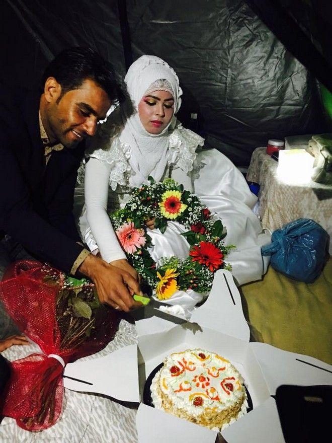 Αγάπη χωρίς σύνορα: Ζευγάρι από τη Συρία παντρεύτηκε στην Ειδομένη
