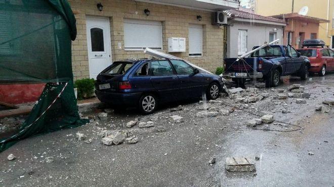 Καταστροφές από το πέρασμα του Ιανού.
