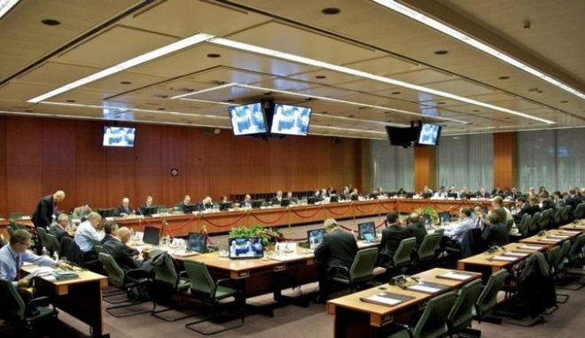 Επισπεύδονται οι εξελίξεις: Τηλεδιάσκεψη του Euro Working Group με στόχο τη γεφύρωση του χάσματος