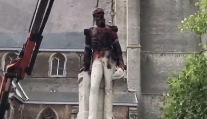 Βέλγιο: Απομακρύνθηκε άγαλμα του Λεοπόλδου Β' λόγω της αποικιοκρατικής ιστορίας του