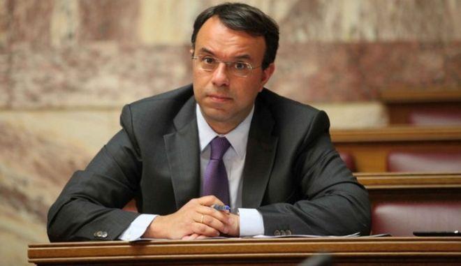 Πρωτογενές πλεόνασμα 2,7 δισ. ευρώ το 11μηνο του 2013