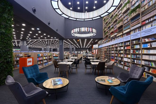 Public: Άνοιξε κατάστημα στο Nicosia Mall