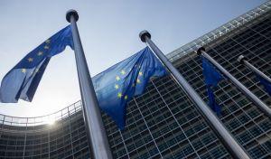 """Το Ευρωβαρόμετρο """"ενόχλησε"""" τους Έλληνες δημοσκόπους"""