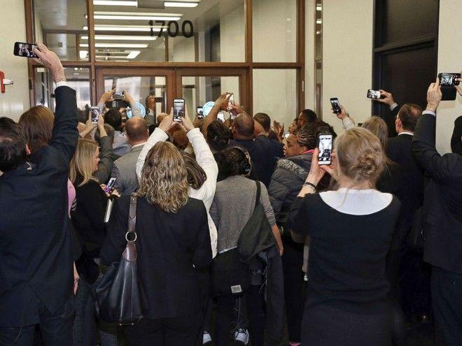 O Μπαράκ Ομπάμα εκλήθη να υπηρετήσει ως ένορκος σε δικαστήριο του Σικάγο