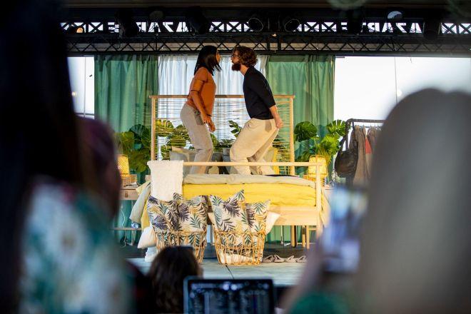 Ιστορίες της Κρεβατοκάμαρας: Πώς η νέα καμπάνια της  ΙΚΕΑ έγινε έμπνευση για μια πρωτότυπη θεατρική παράσταση