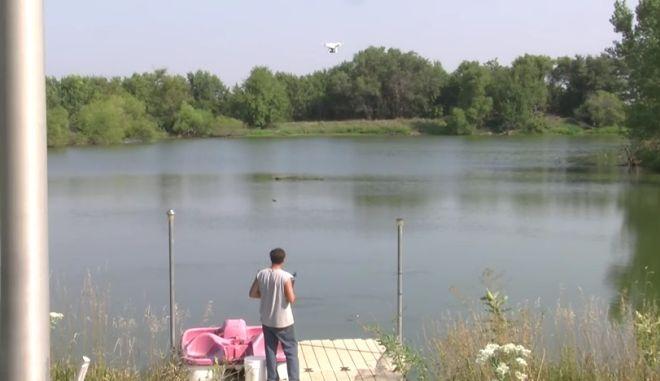 Η επανάσταση στο ψάρεμα: Έπιασε ψάρι με drone