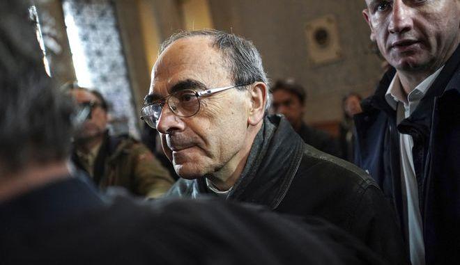 Ο Γάλλος καρδινάλιος Φιλίπ Μπαρμπαρέν στη δίκη του τον Νοέμβριο του 2019