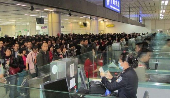 Δακτυλικά αποτυπώματα για τους ξένους που εισέρχονται στην Κίνα