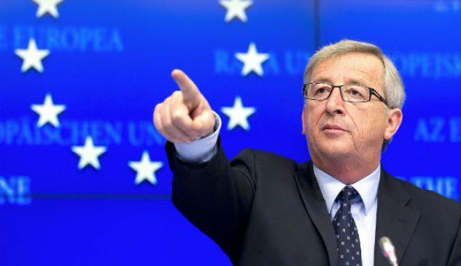 ΕΕ: Μικρό προβάδισμα της κεντροδεξιάς ενόψει των ευρωεκλογών