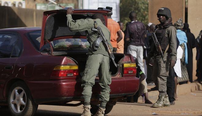 Αστυνομικές δυνάμεις της Μπουρκίνα Φάσο