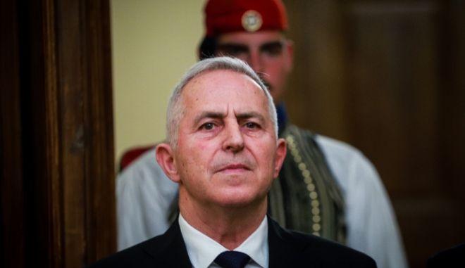 Ο υπουργός Άμυνας, Ευάγγελος Αποστολάκης