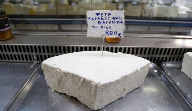 Τυρί φέτα σε τυροπωλείο στην Αθήνα
