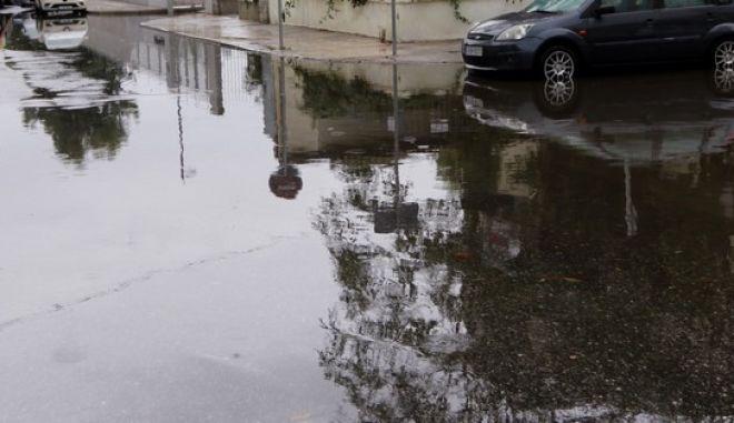 Πλημμυρισμένος δρόμος