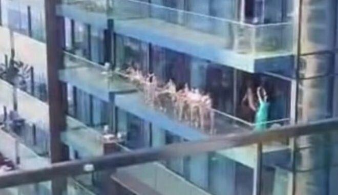 Ντουμπάι: Με φυλάκιση και πρόστιμο κινδυνεύουν τα 40 μοντέλα που πόζαραν γυμνά σε μπαλκόνι