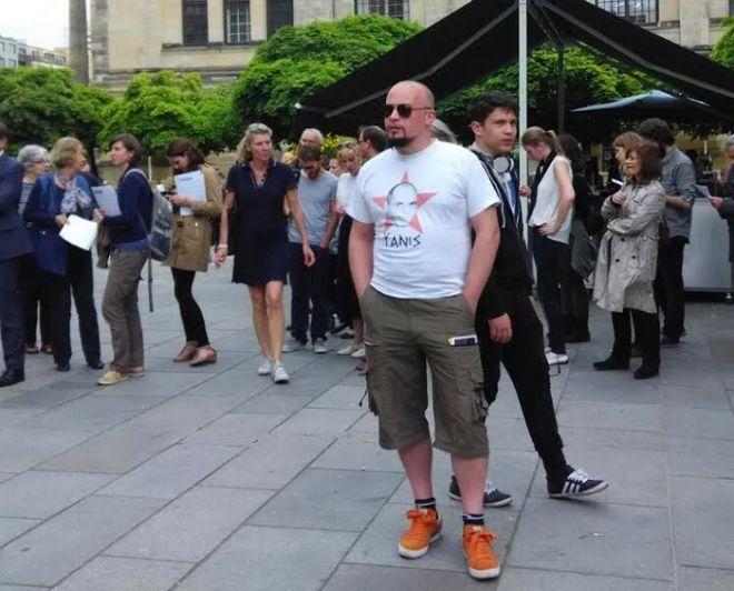 To Βερολίνο υποδέχθηκε τον Βαρουφάκη σαν rock star