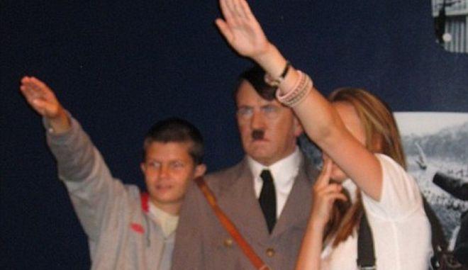 Οργή για τον ναζιστικό χαιρετισμό