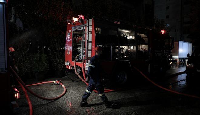 Πυρκαγιά σε εστιατόριο στην Λεωφόρο Αμφιθέας την Δευτέρα 26 Οκτωβρίου 2020.(EUROKINISSI / ΣΤΕΛΙΟΣ ΜΙΣΙΝΑΣ)