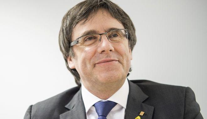 Ο πρώην προέδρος της Καταλονίας Κάρλες Πουτζντεμόν