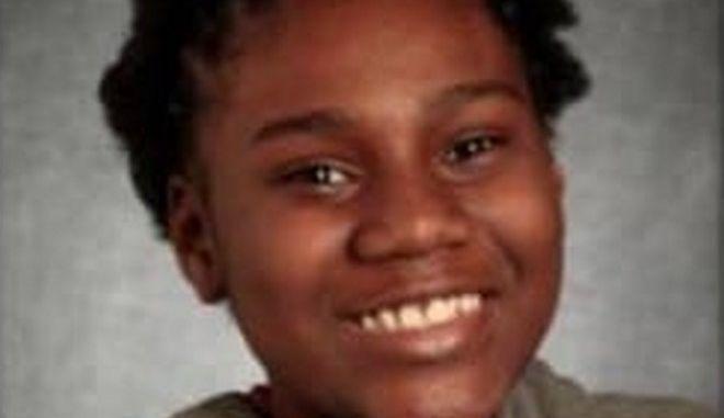 Η 13χρονη Σάντρα Παρκς που σκοτώθηκε μέσα στο σπίτι της από αδέσποτη σφαίρα