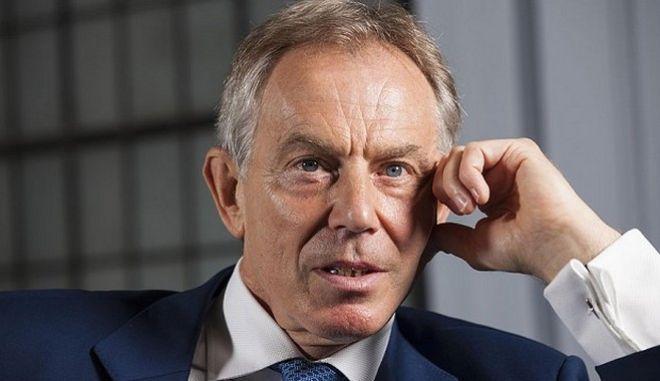 Τόνι Μπλερ: Οι Βρετανοί θα έπρεπε να σκεφτούν ξανά το Brexit