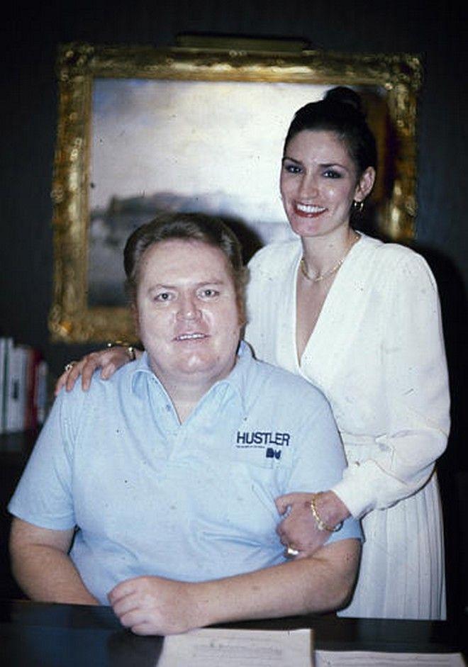 O Larry Flynt με τον έρωτα της ζωής του, κατά του ιδίου το ρηθέν, την Althea το Φεβρουάριο του 1983.