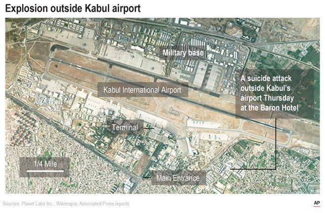 Δορυφορική εικόνα του αεροδρομίου της Καμπούλ και του σημείου της επίθεσης κοντά στο Abbey Gate