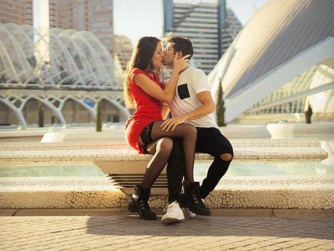 To ζευγάρι που κάνει πορνό για να γυρίσει τον πλανήτη