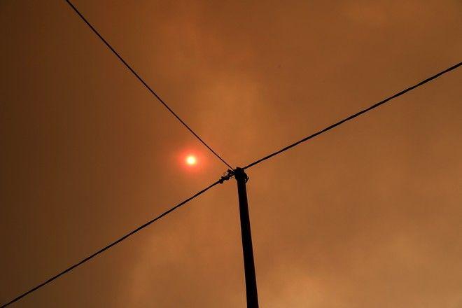 Στιγμιότυπα από την μεγάλη πυρκαγιά στην Εύβοια.
