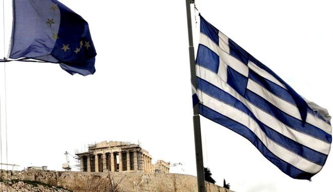 Κάθε πέρσι και καλύτερα. Αύξηση 341 εκατ. ευρώ στο ελληνικό χρέος το Γ' τρίμηνο του 2013