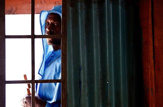 Goran Tomasevic: Ο κορυφαίος φωτογράφος του 2013 και τα συγκλονιστικά πλάνα του