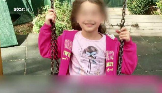 Έκκληση προς τον ΕΟΠΥΥ για την Αλεξία: Στείλτε το παιδί μας στην Γερμανία