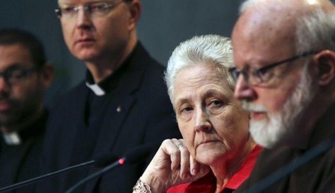 Βατικανό: Παραιτήθηκε μέλος της επιτροπής καταπολέμησης σεξουαλικών κακοποιήσεων