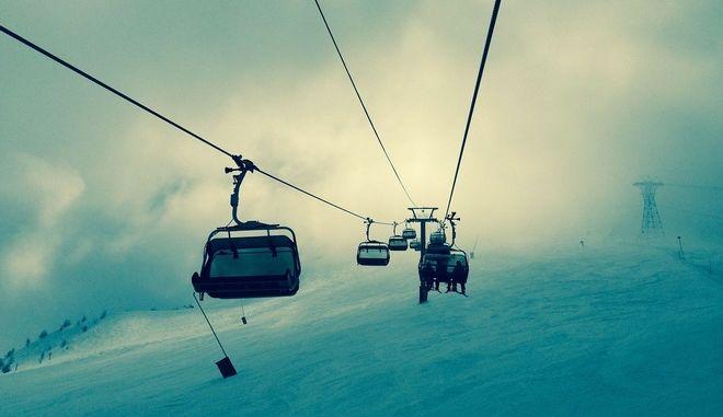 Λιφτ σε χιονοδρομικό κέντρο (ΦΩΤΟ Αρχείου)