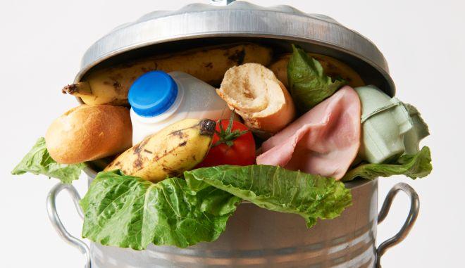 Έξυπνοι τρόποι για να μην πετάξατε ξανά το φαγητό στα σκουπίδια!