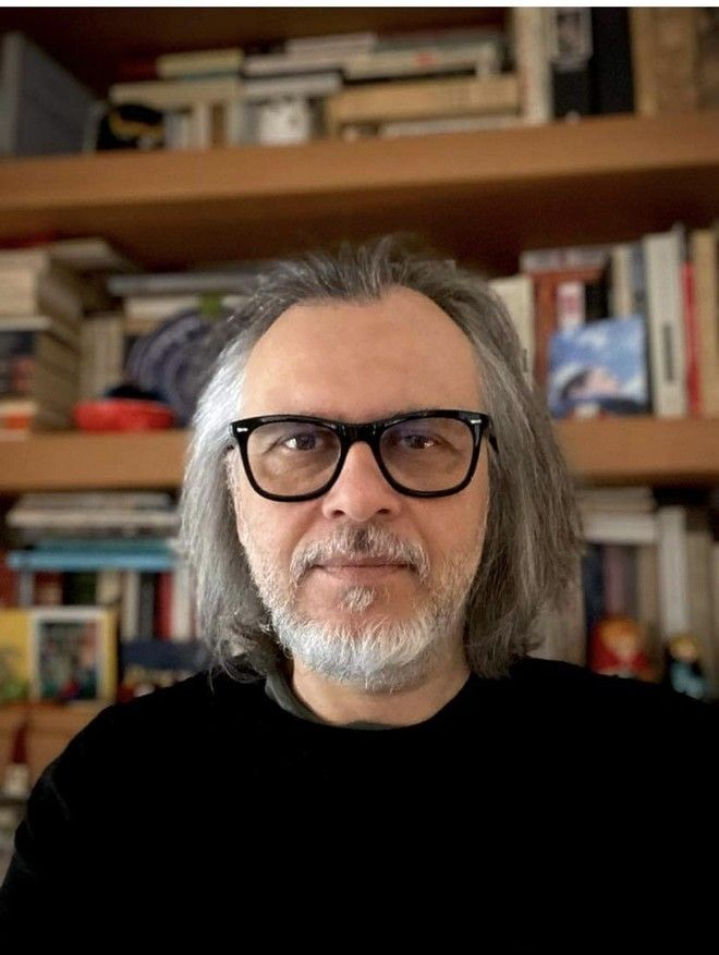 Ο σύμβουλος στρατηγικής και επικοινωνίας, Ηλίας Τσαουσάκης