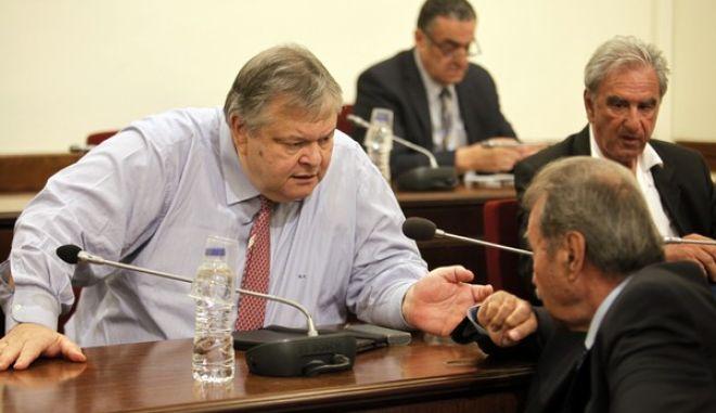 Συνέχιση της ακρόασης της Εισαγγελέως Εφετών, Γεωργίας Τσατάνη, στην Επιτροπή Θεσμών και Διαφάνειας της Βουλής, την τετάρτη 6 Ιουλίου 2016, σχετικά με την αναφορά της προς τον Αναπληρωτή Υπουργό Δικαιοσύνης, Διαφάνειας και Ανθρωπίνων Δικαιωμάτων, Δημήτριο Παπαγγελόπουλο. (EUROKINISSI/ΓΙΩΡΓΟΣ ΚΟΝΤΑΡΙΝΗΣ)