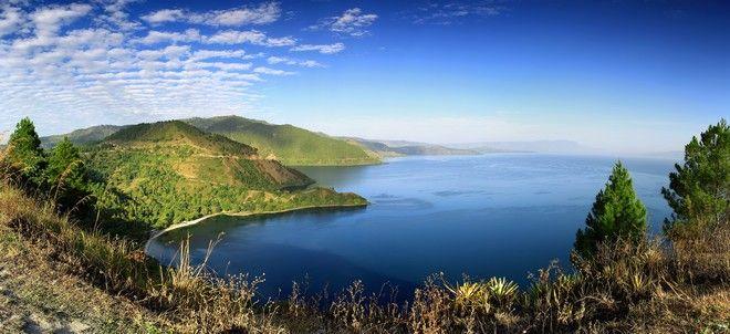 Η λίμνη Τόμπα στη Σουμάτρα της Ινδονησίας