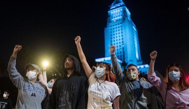 Διαμαρτυρία στο Λος Άντζελες για τη δολοφονία του Τζορτζ Φλόιντ