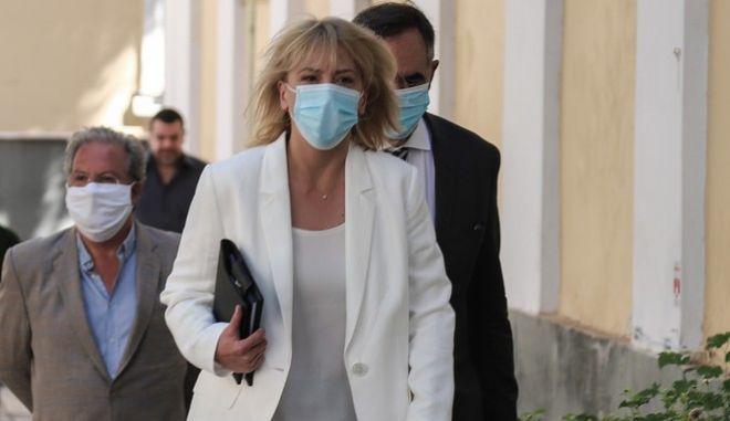 """Δούρου προς ΝΔ: """"Δεν είμαστε αρνητές του ιού, απλά αρνούμαστε την ανασφάλεια και την εξαθλίωση"""""""